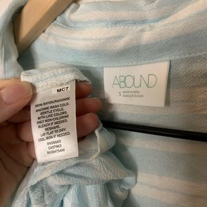 Abound Tops - ABOUND Weekend Tie Front Shirt Blue Sz Small NWOT